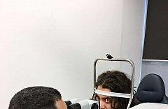 Augenlaser operation iClinic der kanadische Eishockeyspieler Mathew Maione 2
